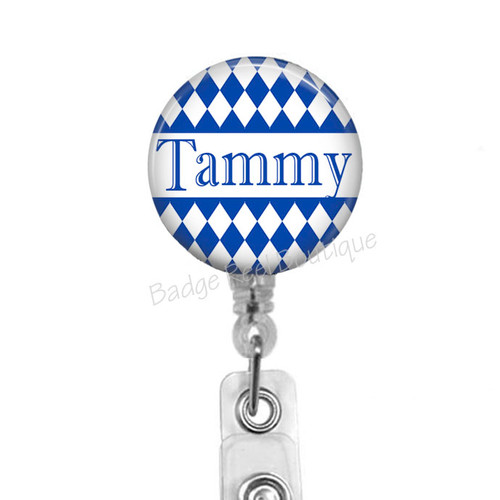 Diamond pattern on clear badge reel