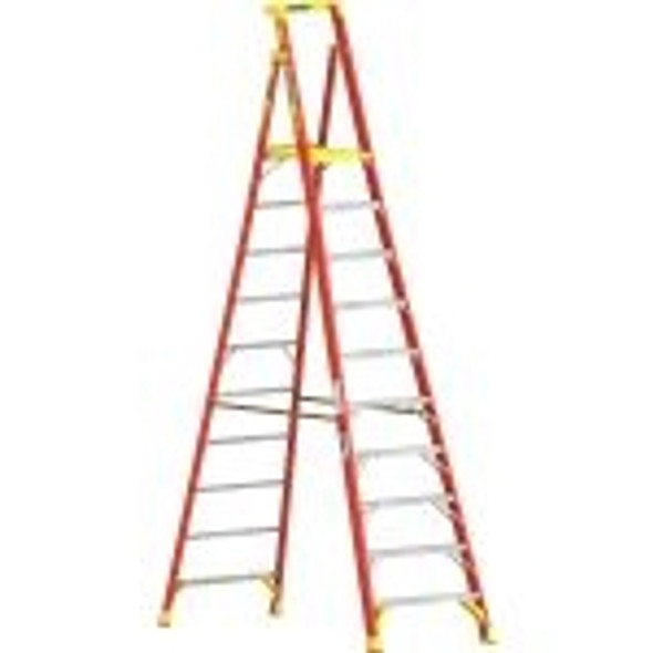 Werner PD6210CA, 10 ft Type IA Fiberglass Podium Ladder