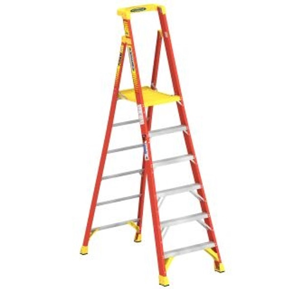 Werner PD6206CA, 6 ft Type IA Fiberglass Podium Ladder