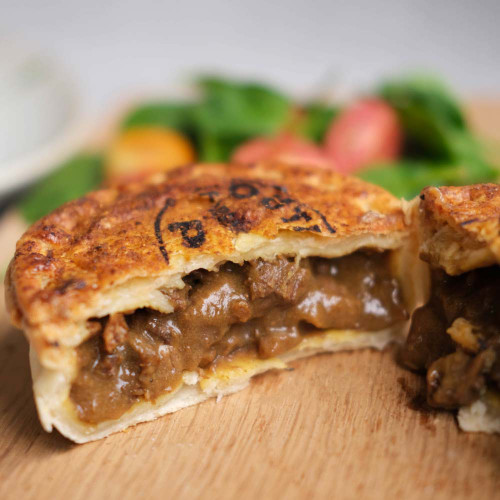Outback Pie Co. Prime Beef Curry Pie