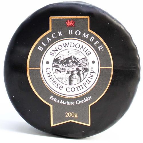 Snowdonia Black Bomber Extra Mature Cheddar