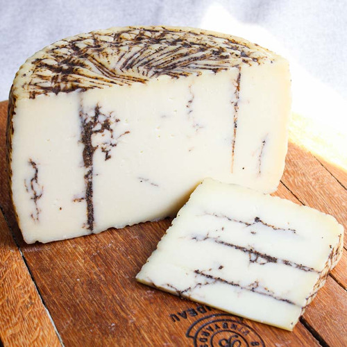 Pecorino Moliterno with Truffles