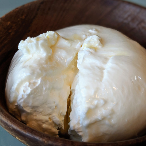 Burrata (PRE-ORDER ONLY; Earliest expected delivery is Fri 16 Apr)