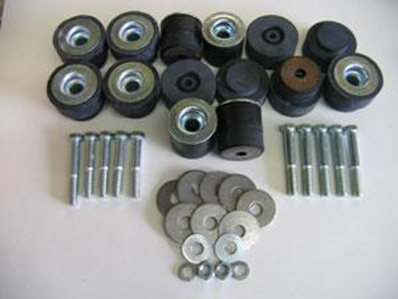 70 71 72 Monte Carlo El Camino front upper control arm bushing bolt /& washer kit