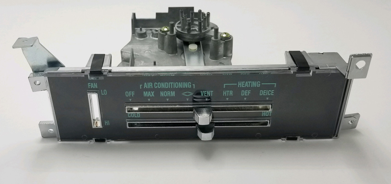1970 HEATER CONTROL ASSEMBLY WITH A/C