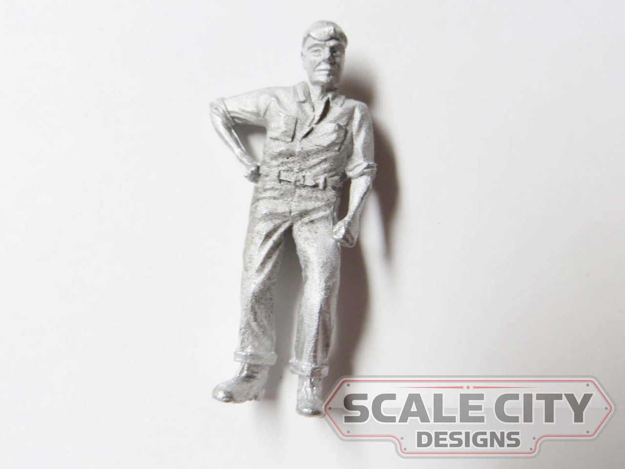 48-1267 Man w/ hand on hip in uniform Figure O Scale FKA Keil Line