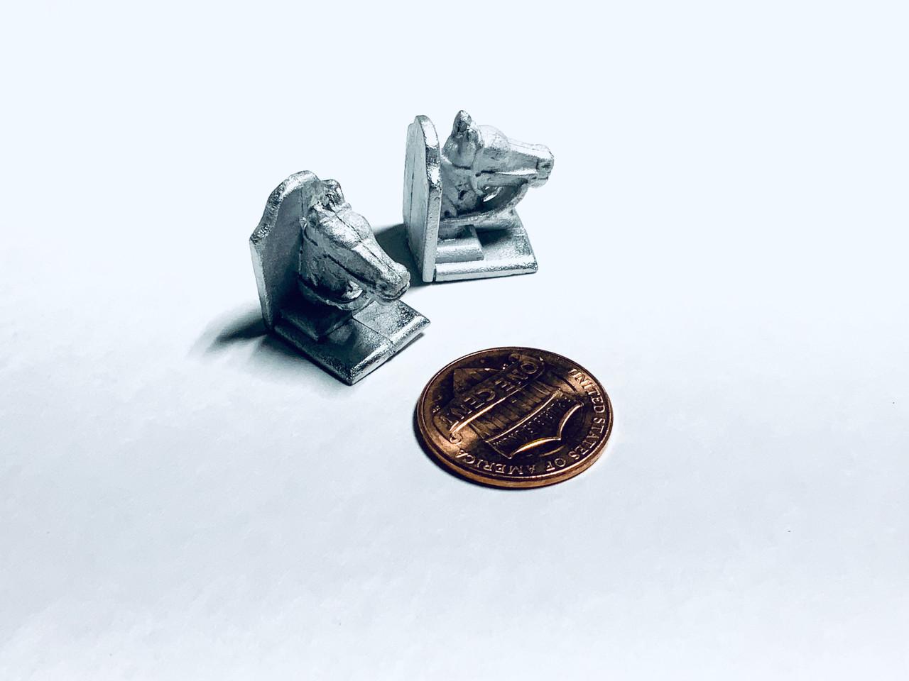 MM21 Horsehead Horse Head Book ends Bookends Dollhouse Miniature 1/12