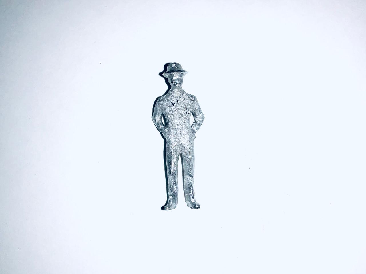 48-1396 Man W/ Hands in Pockets Figure FKA Keil Line O scale