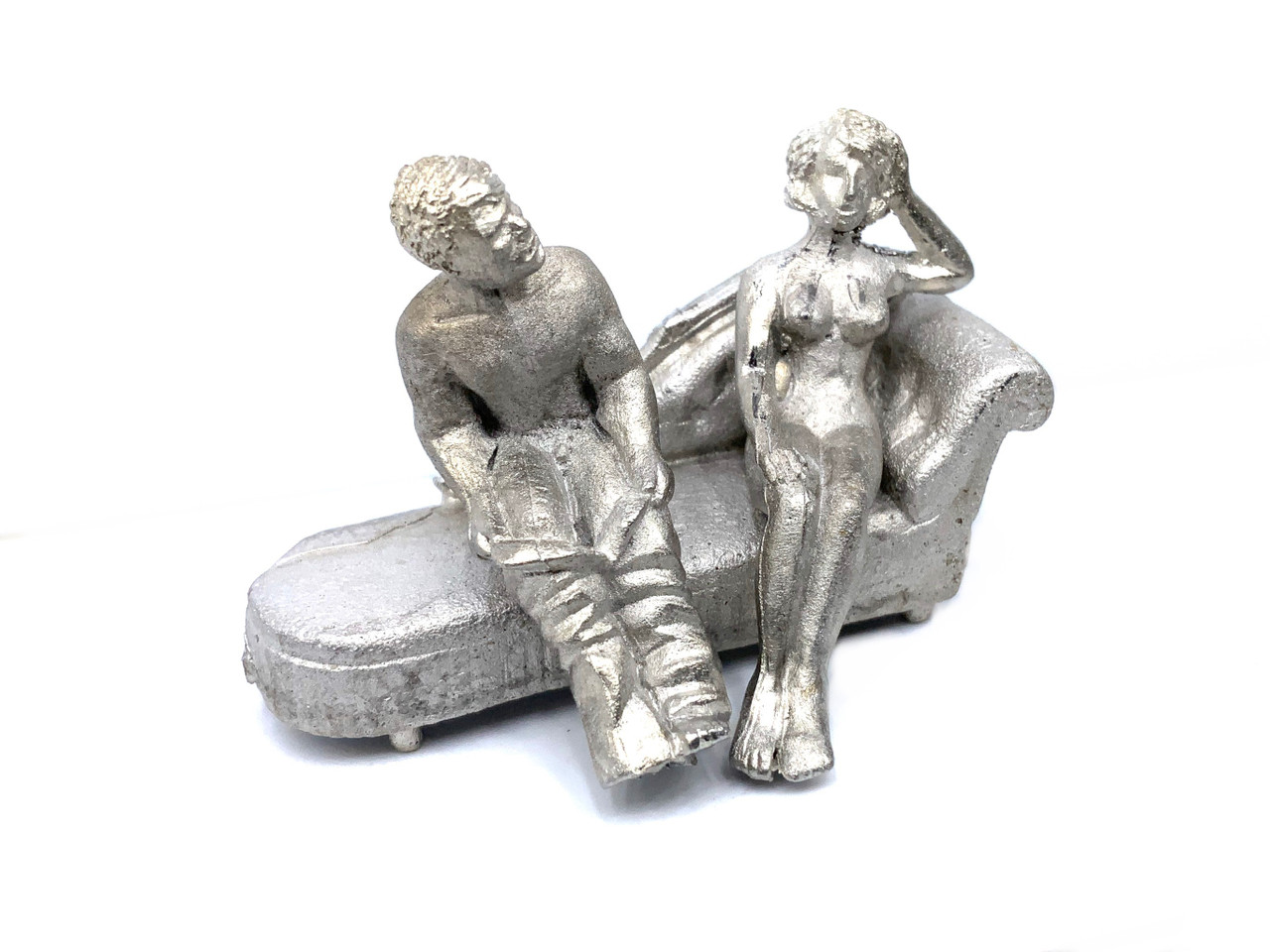 48-1282 Nude woman sitting on chaise lounge with man brothel O Scale Figure FKA Keil Line unpainted