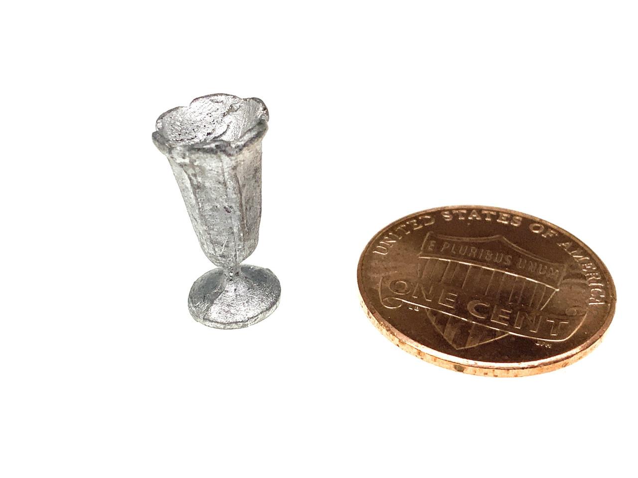 MM-23 Ice Cream Sundae Dish Tulip Style Dollhouse Miniature