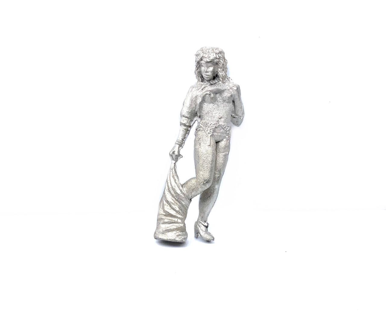 48-1272 Nude woman undressing brothel O Scale Figure FKA Keil Line unpainted