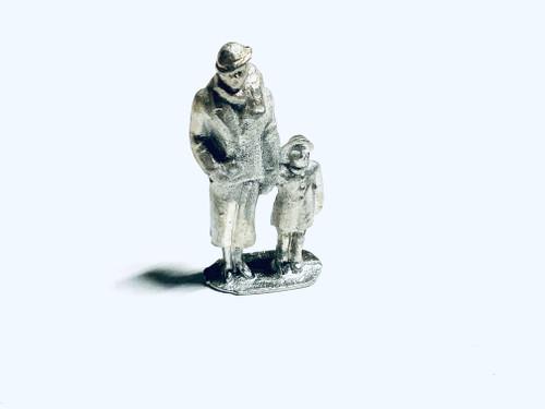 48-1258 Woman with Child Figure FKA Keil Line O scale