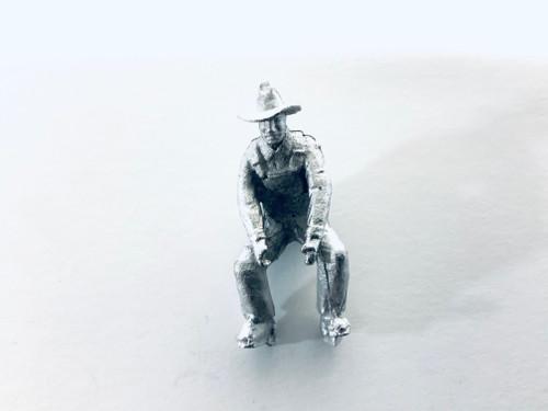 48-1405 Man Bent Down Lifting Figure FKA Keil Line O scale