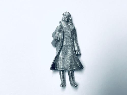 48-1424 Woman in Long Coat w/ Purse Figure FKA Keil Line O scale