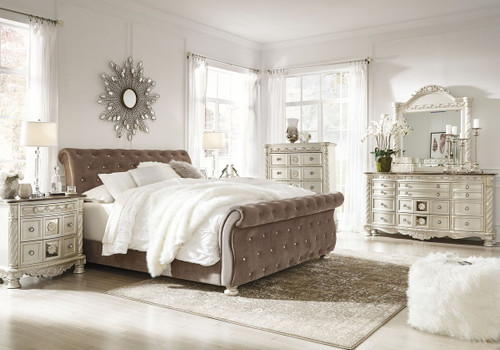 Cassimore Pearl Silver 7 Pc.King Upholstered Poster Canopy Bedroom Collection