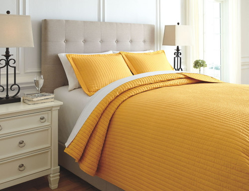 Raleda Ochre Queen Coverlet Set