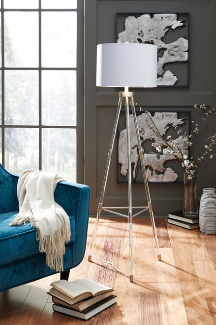 Idalia Clear/Silver Finish Acrylic Floor Lamp (1/CN)
