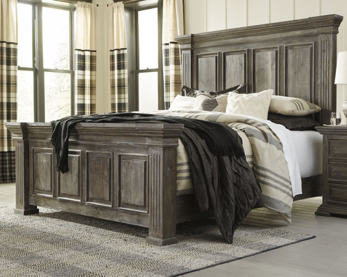 Wyndahl Rustic Brown Queen Panel Bed
