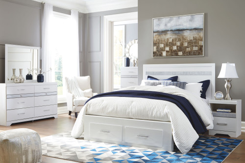 Jallory White 7 Pc. Dresser, Mirror, Chest & Queen Panel Bed with Storage