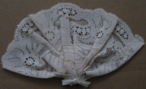 Womans Lace - Mini Size With Bow And Comb - Beige