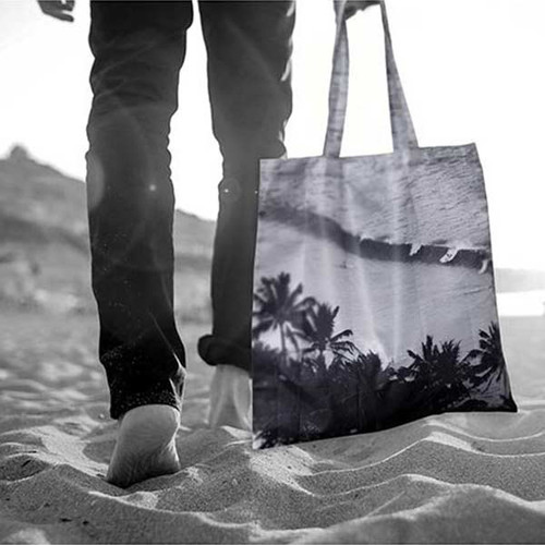 Monochrome Waves Foldable Bag