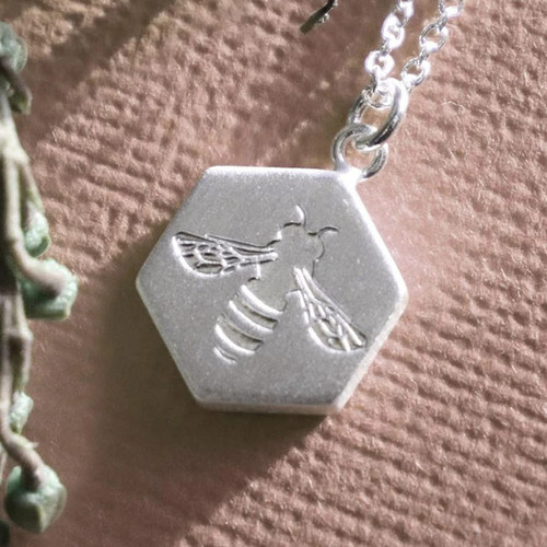 Keke Silver Busy Bee Silver Necklace