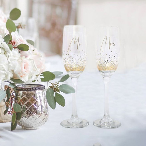 Mr & Mrs Gold Confetti Champagne Flute Set