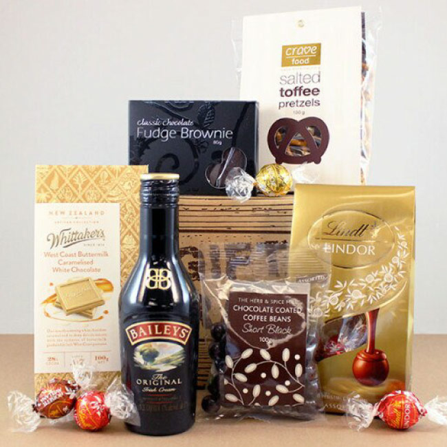 6-gift-baskets-corporate-gifts.jpg