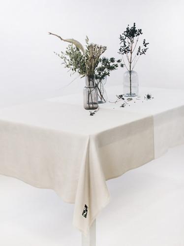 Multi White Color Block Tablecloth 143 x 229 cm    Geranium