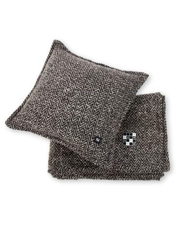 Decorative  Textured Wool Pillow 42x42 cm | Manor