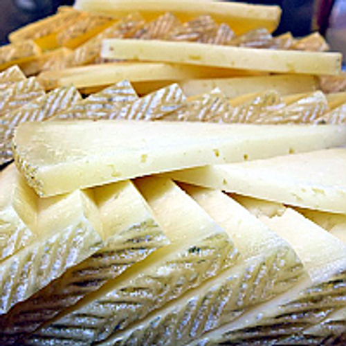 10 Gourmet Cheeses from Around the World