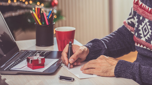 What Your Holiday Business Card Should Say