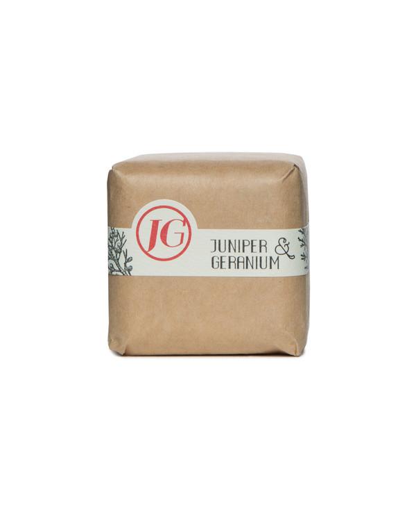 Juniper & Geranium Bath Cube
