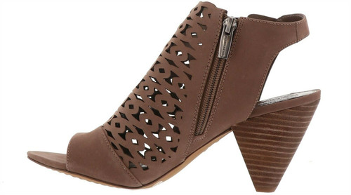 Vince Camuto Emberla Leather Shootie Smoke Taupe 8 NEW 651-878