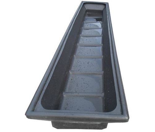 8 Ft Plastic Sheep Footbath Light and robust. Hygienic and long lasting. Moulded splash guard to retain liquid. Narrow base to economise on amount of foot dip needed