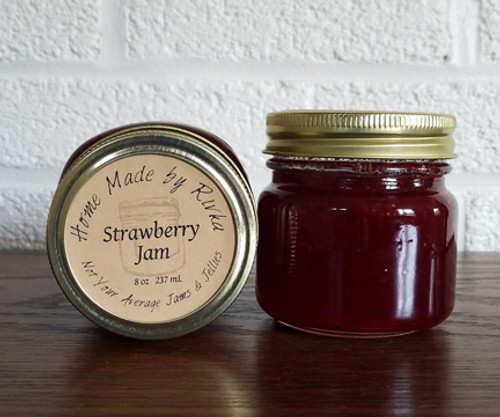 Strawberry Jam is the definition of a traditional, classic, fruit and berry jam. It's clean flavor and bright color evoke spring and summer memories.