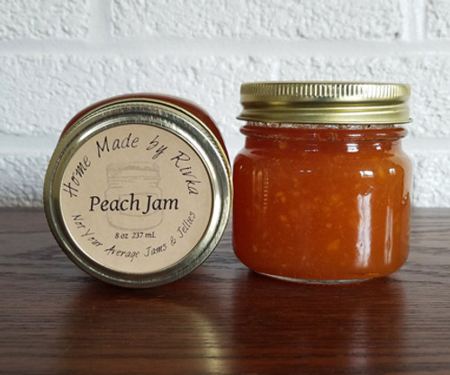 Peach Jam is a traditional summer fruit jam with uses in both sweet and savory foods. Our Peach Jam is proof that a traditional flavor can be a specialty.