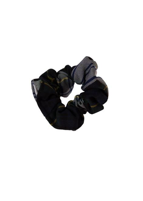 TWGGS winter scrunchie (60916)