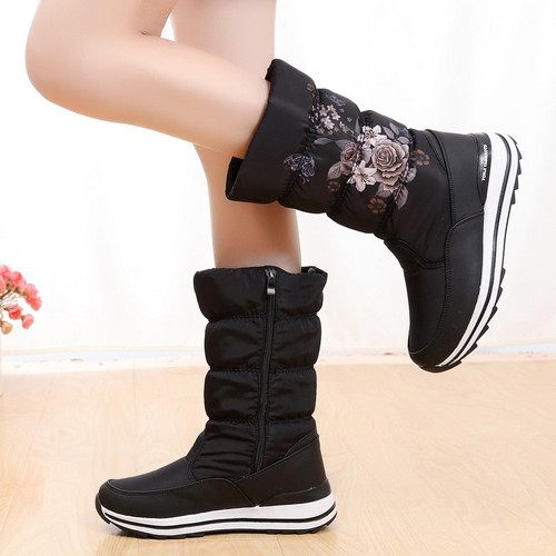 classsic Women quality  winter boots,,