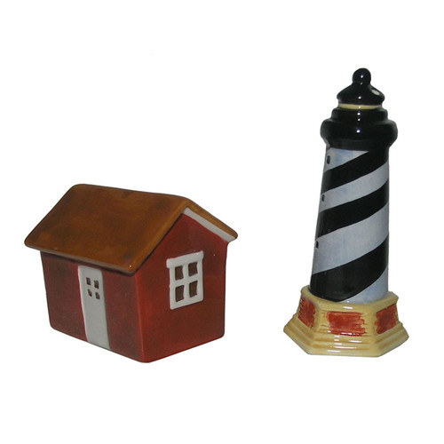 Cape Hatteras Lighthouse Salt and Pepper Shakers 3.5 Inches