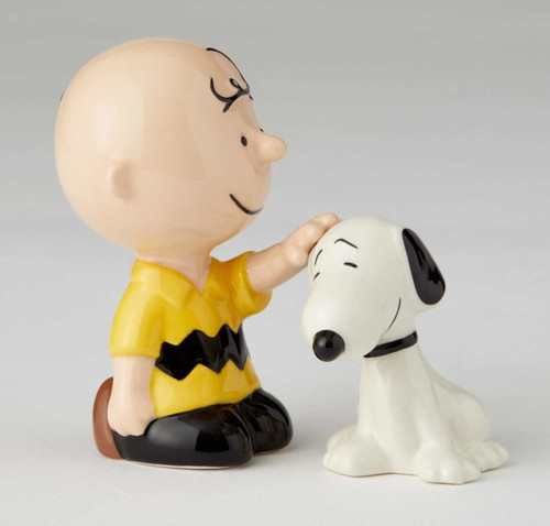 Charlie Brown Petting Snoopy Salt and Pepper Shakers Licensed