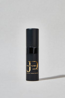 Atomiseur de Voyage (Travel Atomizer): Taking your perfume everywhere is easy. Simply fill the travel atomizer with your favorite Joliot Descartes fragrance and you're all set.