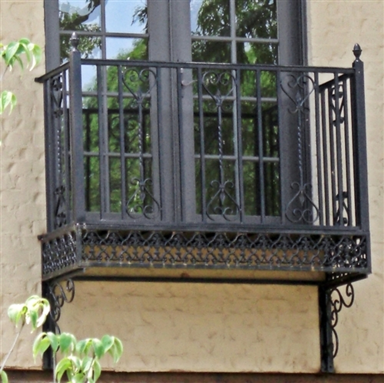 MEXICAN SCROLL BALCONY