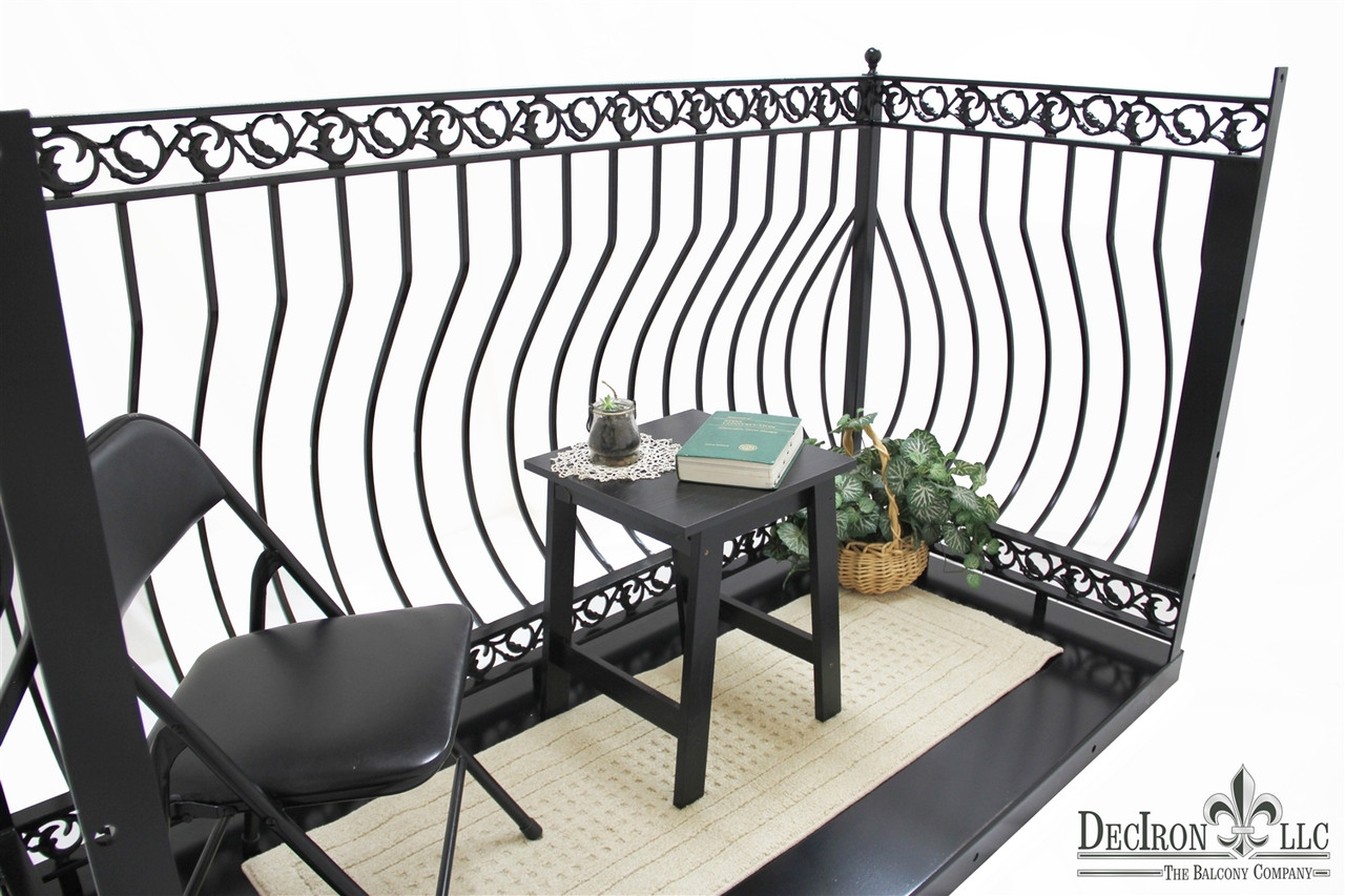 IRON DOVE QUEEN TRUE BALCONY. Choose your deck's width and depth.