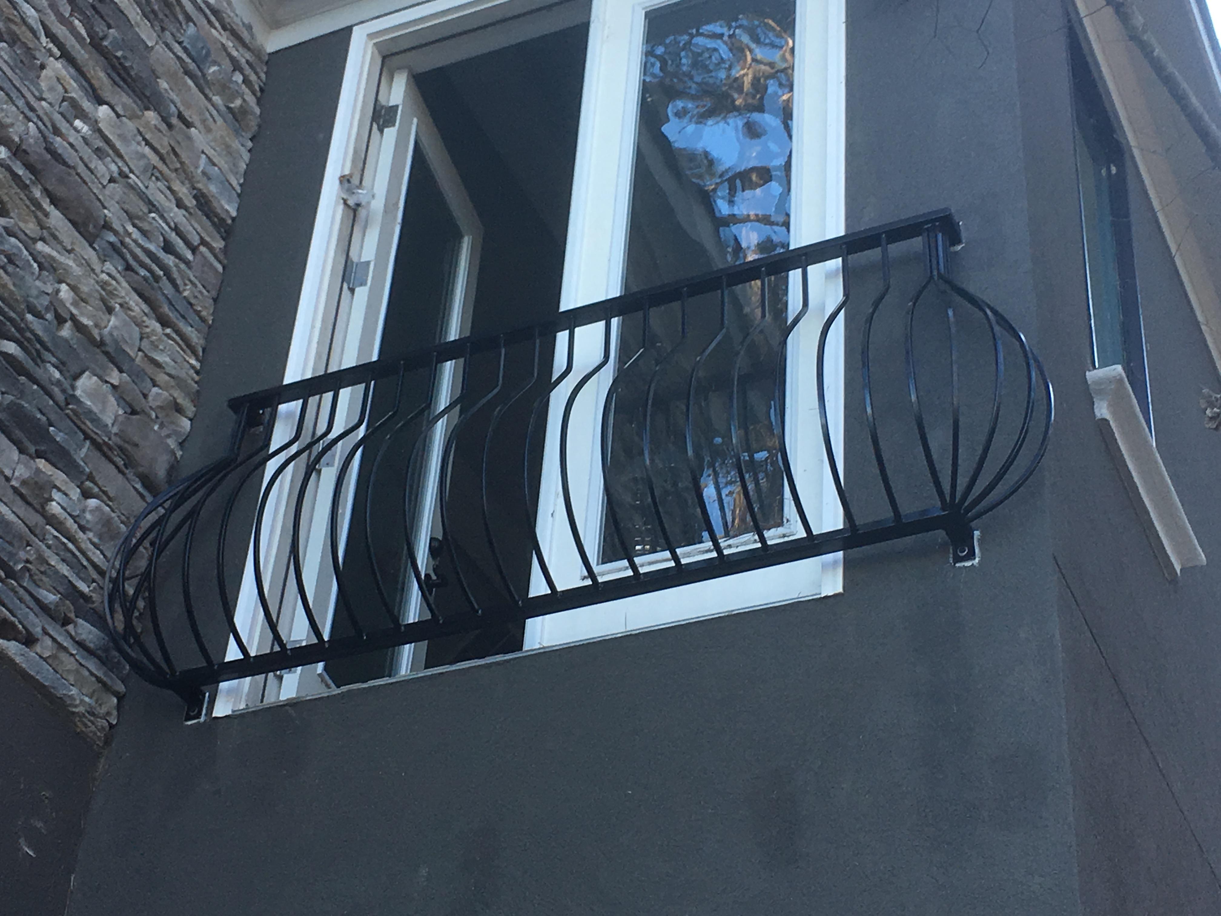 balcony-pot-belly-1.jpg