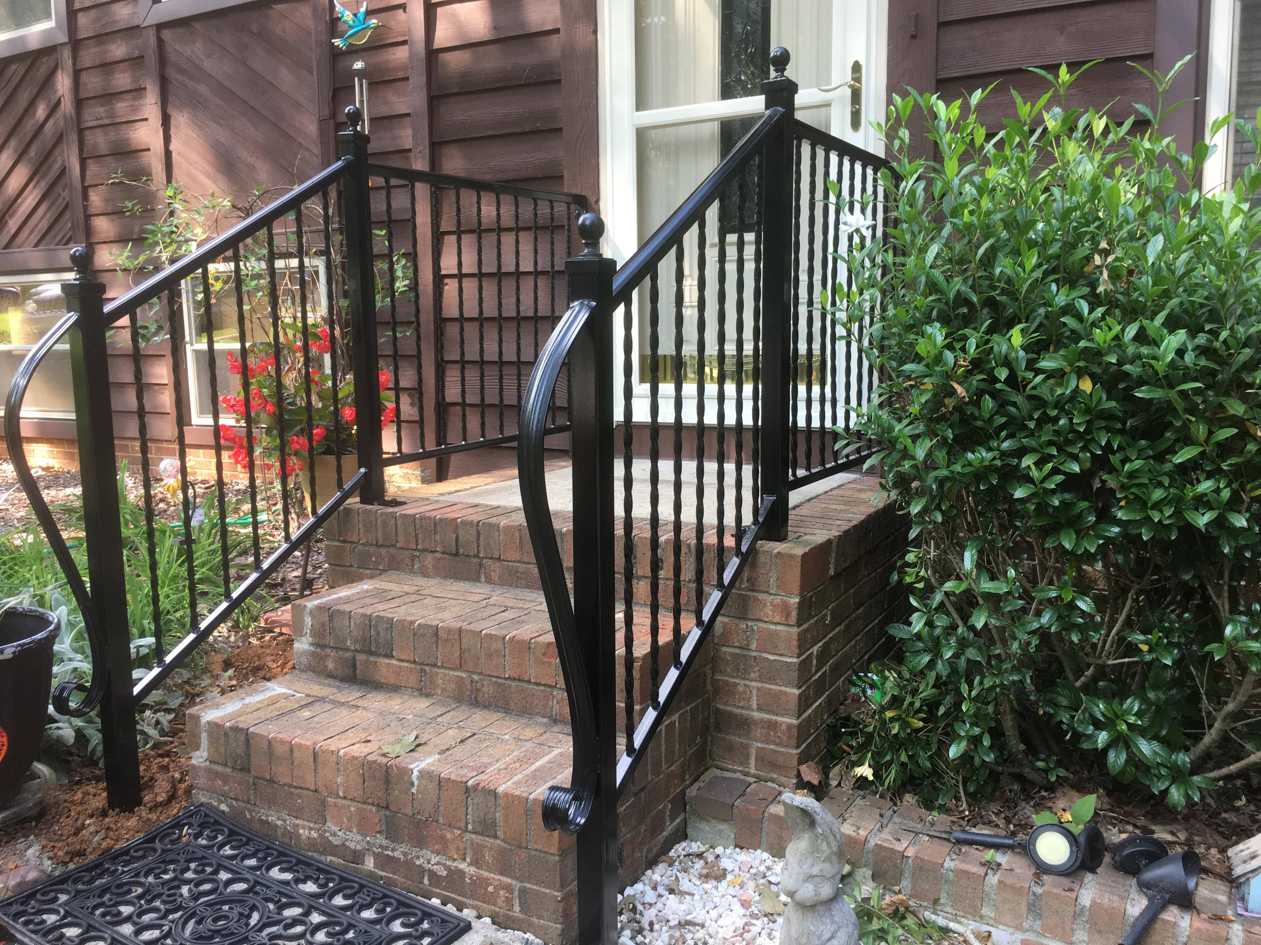 railings-plain-picket-stairs-2.jpg