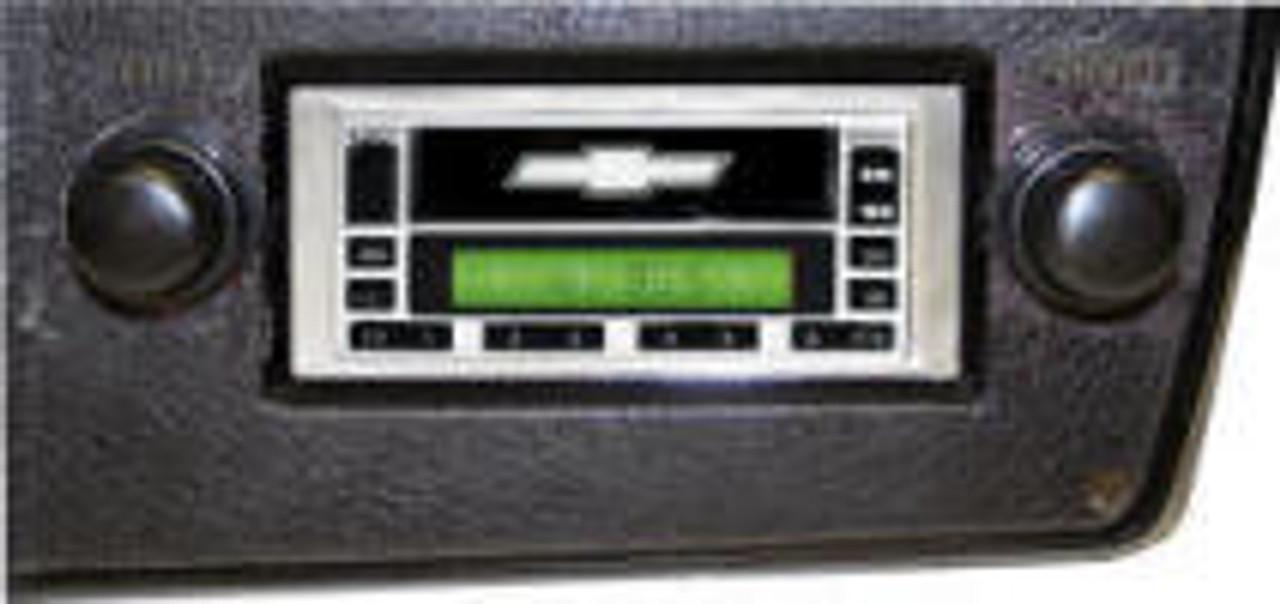 Custom AutoSound 1973-88 Chevy Truck USA-630 In Dash AM/FM