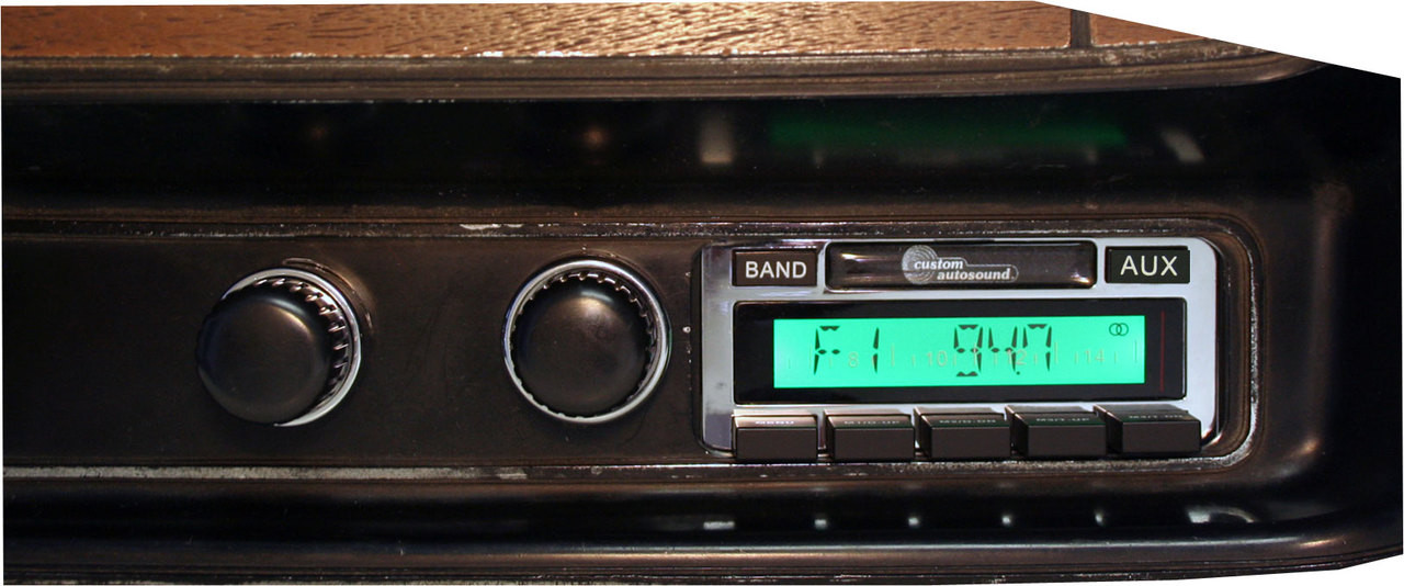 Custom AutoSound 1971-73 Charger USA-630 In Dash AM/FM