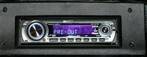 Repro 1968-69 Mopar Kenwood AM-FM/CD with bluetooth