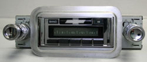 Custom AutoSound 1958 Impala USA-630 In Dash AM/FM